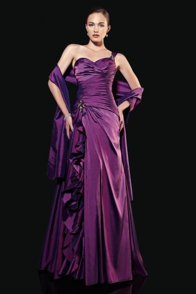 Společenské šaty Alberta ff21e1e629