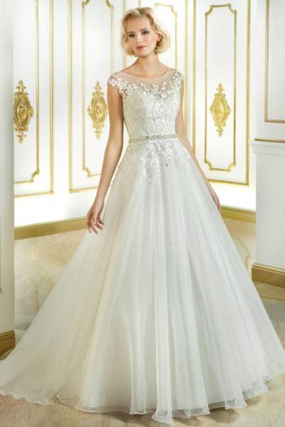 Svatební šaty Adele 3050b7f3ad