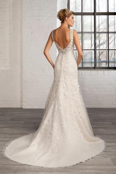 Svatební šaty Antonella  066b73d158