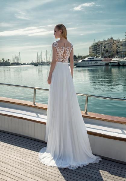 f189d9e5762b Svatební šaty Sasha